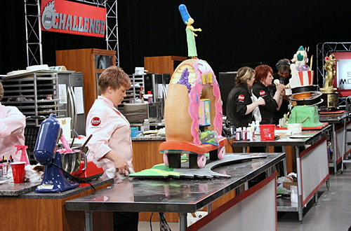 Cake Tv Show Food Network : 10 Shows that Deserve to be Rebooted - Page 6
