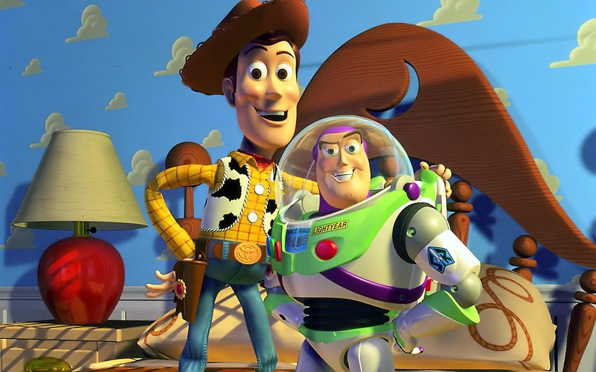 474-<b>Art</b> Attack Disney Spoof <b>Pixar</b> Lamp Luxo Jr Logo - YouTube