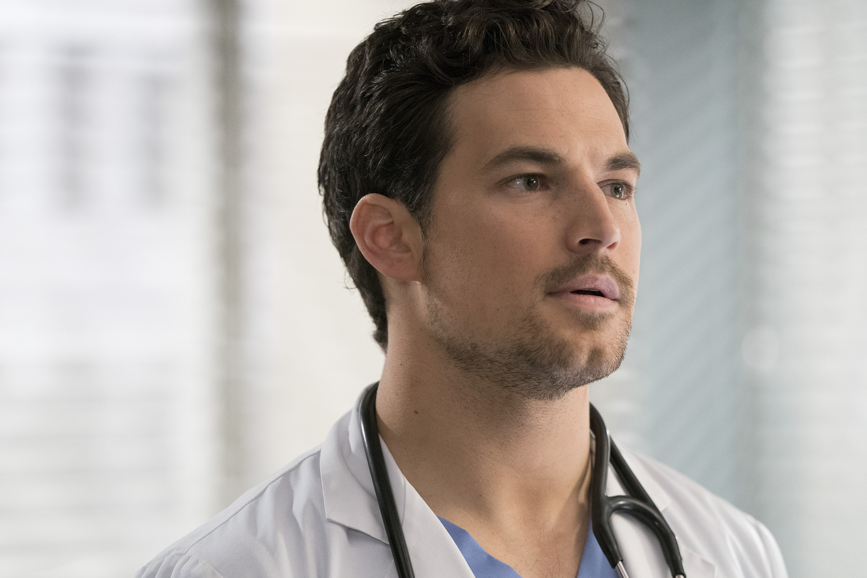 Grey's Anatomy Season 16, Episode 15: DeLuca puts his life on the line