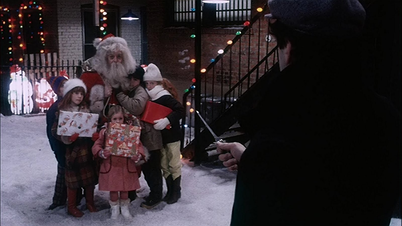 5 Great Christmas Scenes From Non Christmas Movies