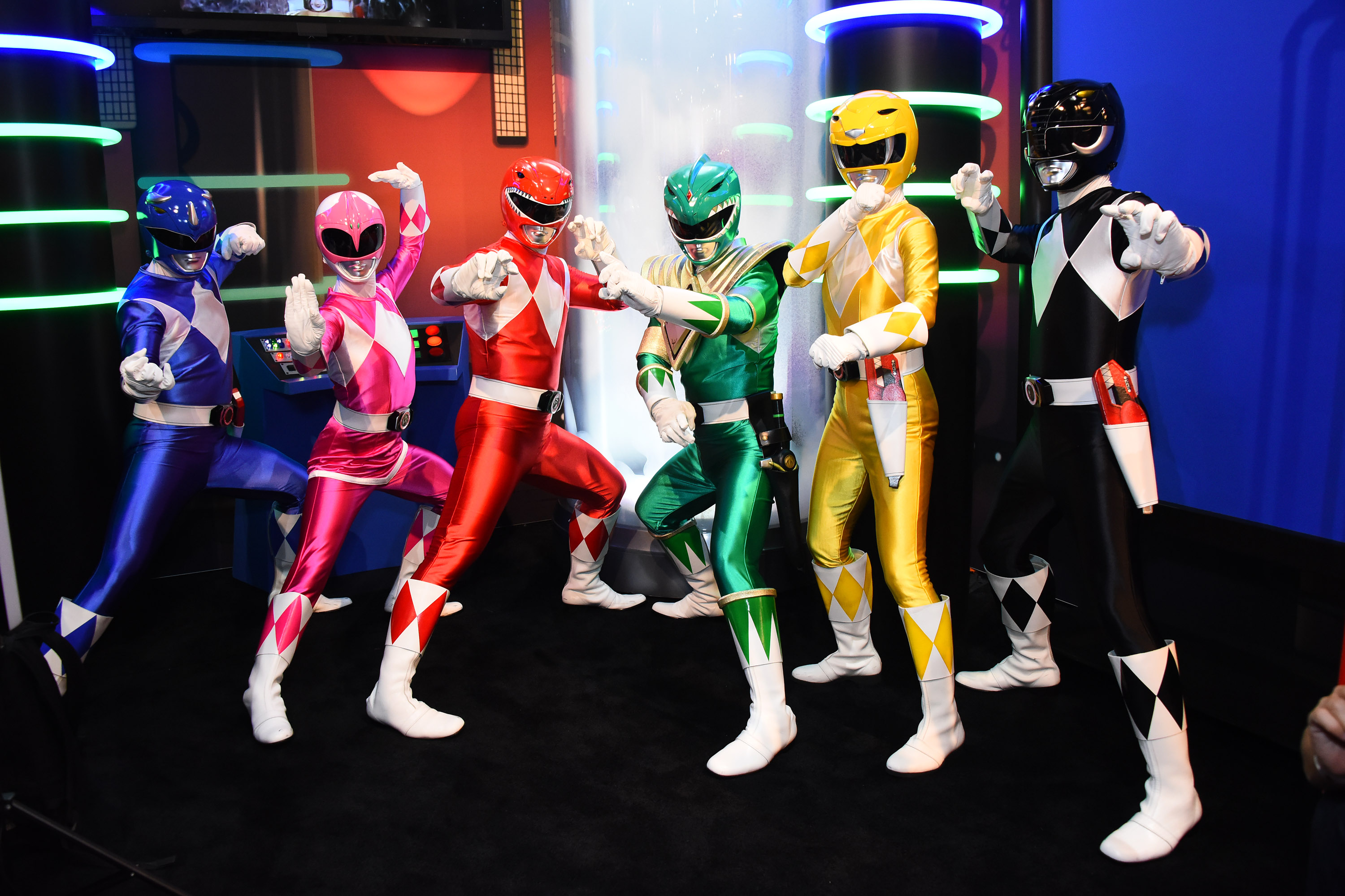 tbt wheres the cast of mighty morphin power rangers now